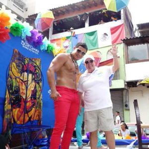 gay-pride-mexico-parade-DianaBlueChairs