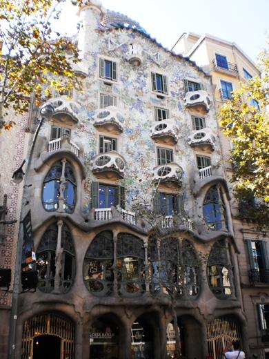 gay-lesbian-travel-barcelona-lgbt